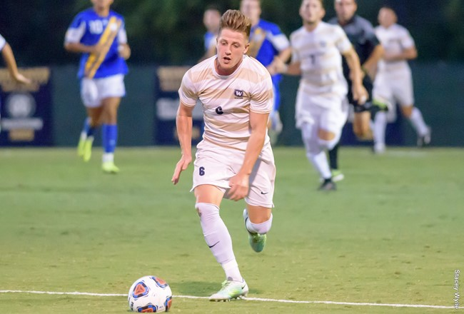 Wingate Soccer Preps for Last Game in Season