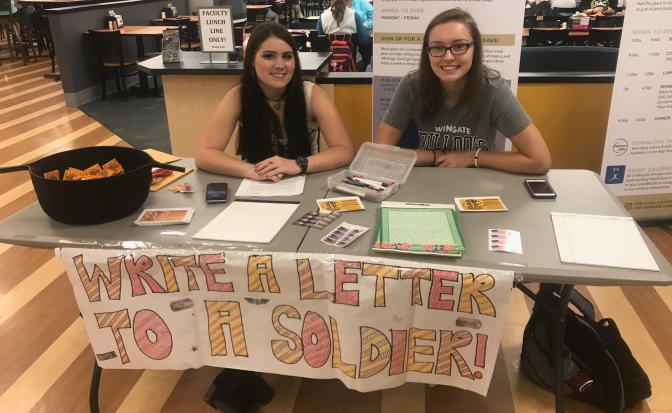 Students write letters to soldiers through Wingate's Leo Club